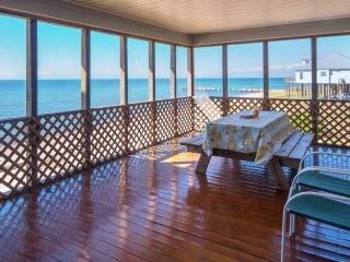 Oceanfront -life is so much different at the beach, Ocean Springs