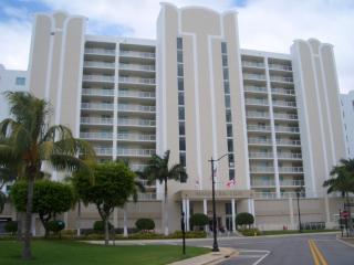 Residential Condo, Sunny Isles Beach