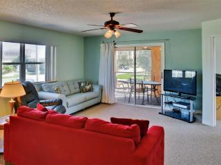 New Smyrna Beach Apartment w/ Ocean Views!