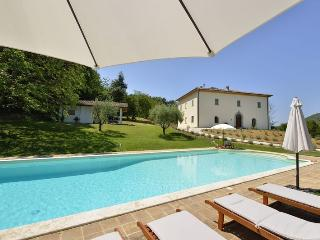Villa Ascagnano with private pool and amazing view, Pierantonio