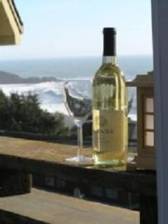 Enjoy a comlimentary bottle of wine w/ your stay.