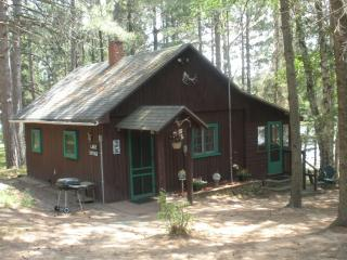 MY T Pine Acres Lake Cottage, Minocqua