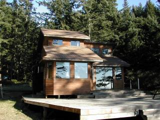 Savary Island Cabin Available for Summer Rental