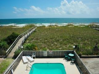 Oceanfront Vacation Getaway-You'll Love it