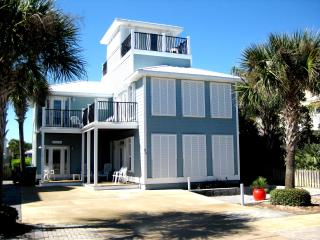 Sterling Stay ~Gorgeous Deck, Pri Pool,Guest House, Destin