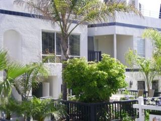 Mission Beach 3 Bedroom Vacation Condo