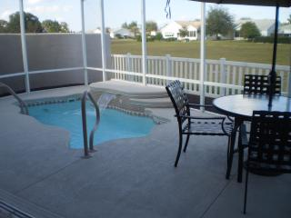Villa with solar heated pool in The Villages, FL, Lady Lake