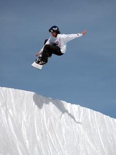 Snowboarding at Ski Big Bear