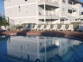 Beachside Villas, 2BR/2BA condo in Seagrove Beach!, Santa Rosa Beach