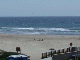 Ocean Views, Steps to Beach, New Pismo Condo