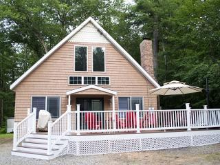 Sleeps 12 - Gunstock Mtn Ski and Lake House