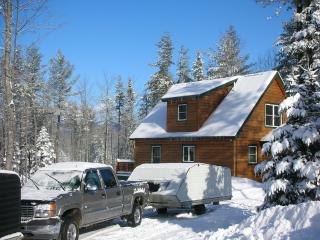 4 Bed Log Home in the western mountains of maine, Bethel