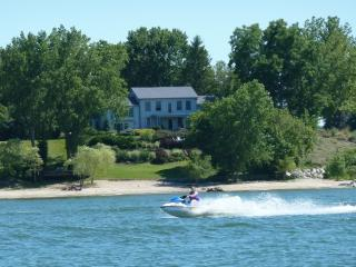Huron OH Lakefront Home & Private Sandy Beach