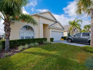 Luxury 4BR/3.5BA South Facing Pool/SPA in Resort Community