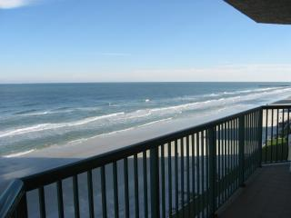 Direct Oceanfront 3/3, See the Ocean In Every Room, Daytona Beach