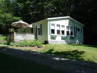 Maple Cottage at Lake Elmore