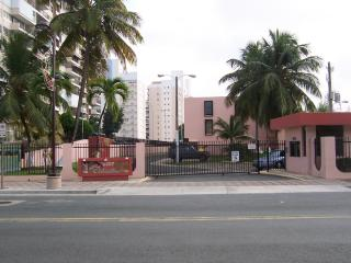Fully equipped apartment at Isla Verde, Pto.Rico