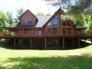 Spectacular Home, Amazing Views, Hot Tub & Sauna, Near Whiteface & Lake Placid, Upper Jay