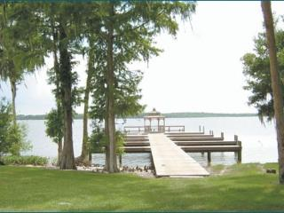 Lake Marion - Lovely Villa in Select Community, Poinciana