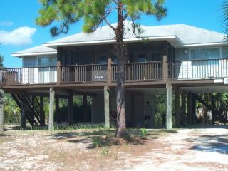 Seaside Serenity! 3 BED ROOM HOME IN INDIAN PASS, Port Saint Joe