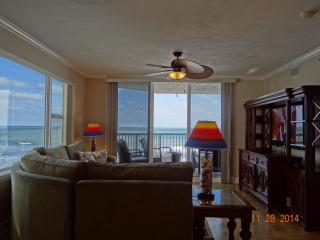 4th Floor, 3 bed/3 bath Direct Oceanfront Condo, Daytona Beach