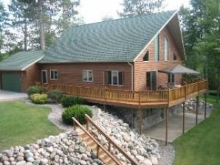 Beautiful Home In The Privacy Of The North, Crandon