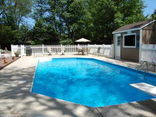 Best of both worlds, in ground pool and hot tub on site, beach nearby.