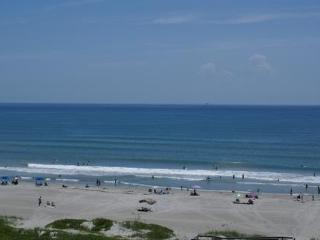 COCOA BEACH OCEANFRONT CONDO  $399/wk!, Cocoa Beach