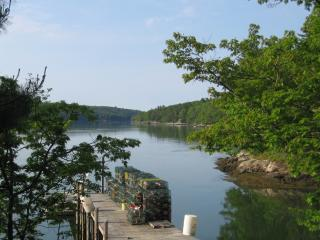 Private Waterfront cottage, Edgecomb