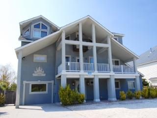 Palacious: beach cottage, water view!, Virginia Beach