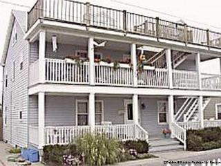 MALLARD CONDO-1 block to beach and boardwalk