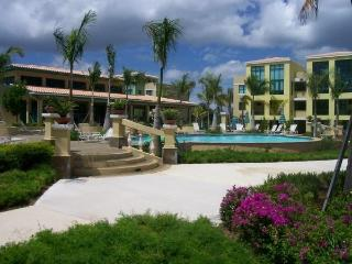 Beautiful Ocean View Villa w Waterpark in San Juan