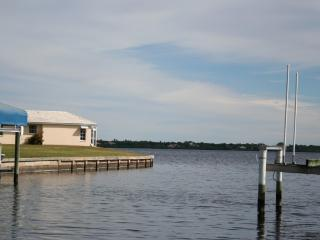 Waterfront Home with Fantastic Views and Fishing, Port Charlotte