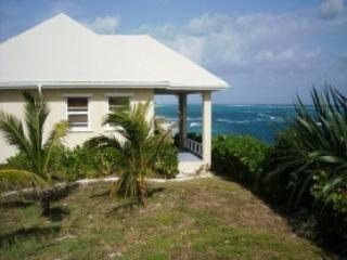Tropical Heights Island Beach House, Governor's Harbour