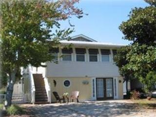 Wonderful Vacation Home w/ pool, close to BEACH!, Destin