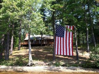 2 Private Beaches, Dock, Dog Friendly,Lake Ossipee, Freedom
