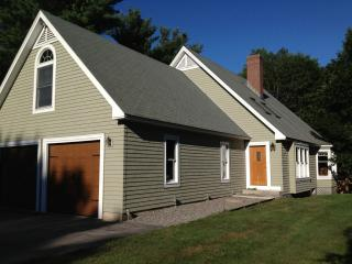 Private Spacious Home Only 1 Mile to the Beaches!, Wells