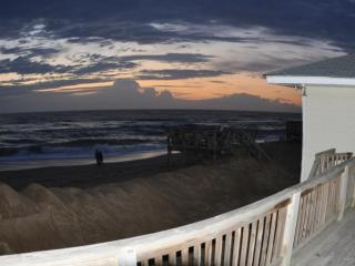 Gracie Bell's SeaShell Oceanfront Cottage, Kitty Hawk