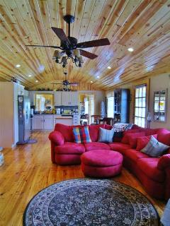 This mountain main room will quickly become your favorite gathering spot in the house!