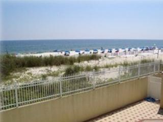 3 BR Gulf Front.  HURRY SPRING  DATES GOING FAST!!, Fort Walton Beach