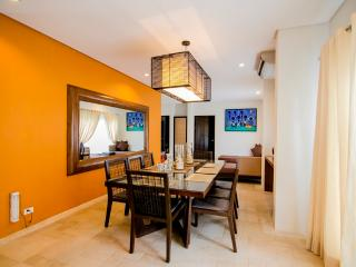 7Stones Boracay Suites - Super Family Suite