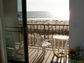 Gorgeous views... 3rd floor private balcony