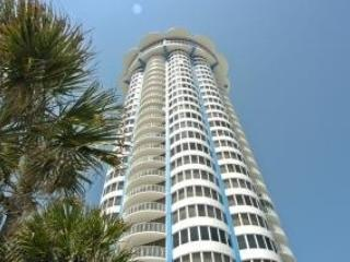 Ocean Front Condo with All Amenities, Daytona Beach Shores