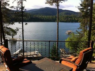Lakefront Serenity, Hayden