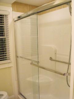 1st Floor Walk In Shower