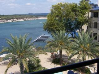 Luxury Villa on Private Island on Lake Travis, Lago Vista