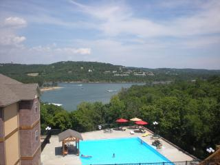 Waterfront, Luxury Condo, Spectacular Views!, Branson