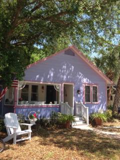 Old Florida Charm in Downtown Historic Cottage, Sarasota