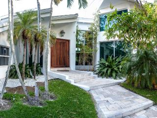 CEO Mansion (available for 6 month lease), Miami Beach