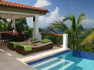 Abrigado, a breathtaking 4 bedroom luxury villa, Cruz Bay